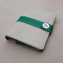 Органайзер для водительских документов бежевый с зеленым