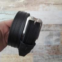 Ремень черный с черной строчкой и полосой 35 мм