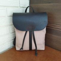 Рюкзак комбинированный коричнево-пудровый на затяжках