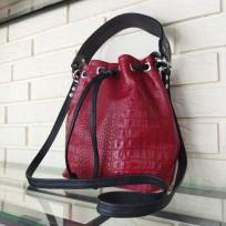 Сумка-торба на затяжках красная под каймана