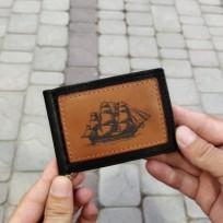 Зажим для денег с парусным судном