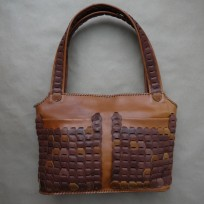 Сумка плетенка два кармана коричневая